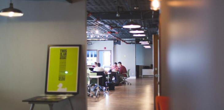 コワーキングスペースを利用するメリットとは?充実サポートの最新施設も登場