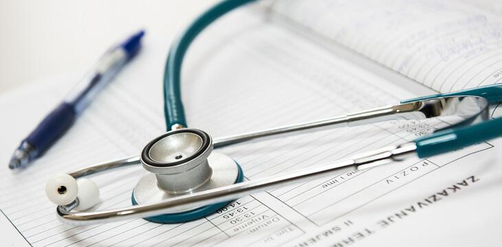 IT×働き方改革 従業員の健康管理に役立つ話題のヘルステック5選をご紹介!